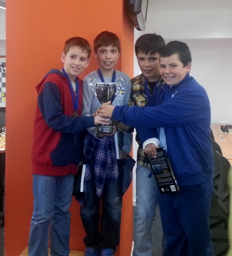 Nuestros campeones: Haritz, Ander, Patxi y Aitor.
