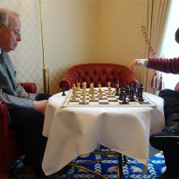 Anatol Toth coprotagonista de un artículo de Chessbase