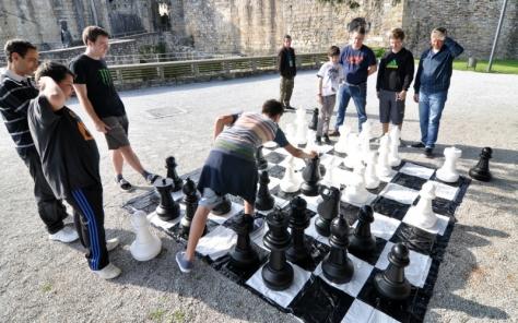 Habrá posibilidad de jugar en el ajedrez gigante
