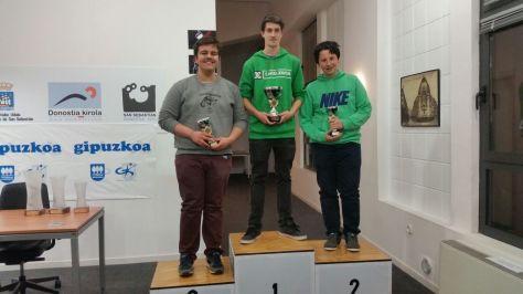 Podio del Juvenil: Markel, Ibai y Joselu