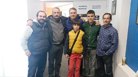 Nuestra expedición: Iker Arri, Goio Uriarte, Mikel Tafall, Ander Tafall, Patxi Moreno y Carlos Pascual antes del inicio de la segunda ronda